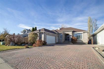 Residential Property for sale in 11 Coachwood Road W, Lethbridge, Alberta, T1K 6B6