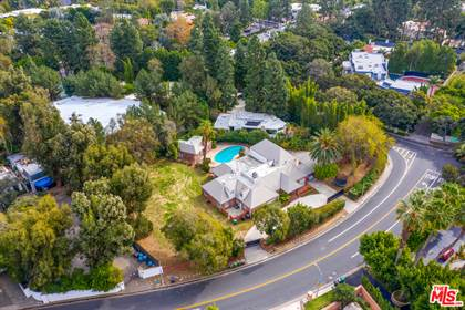 Residential Property for sale in 1012 N Beverly Dr, Beverly Hills, CA, 90210