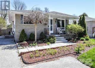 Single Family for sale in 19 SPROULE Avenue, Collingwood, Ontario