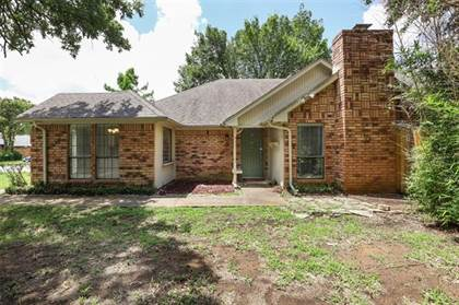 Residential Property for sale in 6000 Green Forest Court, Arlington, TX, 76001