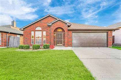 Residential Property for sale in 836 W Colony Drive, Arlington, TX, 76001
