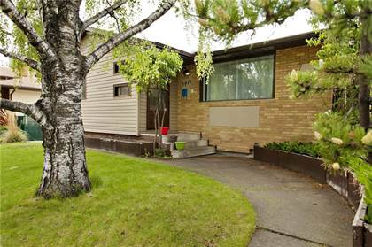 Single Family for sale in 3471 CHIPPENDALE DR NW, Calgary, Alberta, T2L0W7