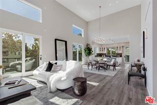 Condo for sale in 1333 BEVERLY GREEN Drive 301, Los Angeles, CA, 90035
