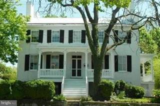 Single Family for sale in 323 WASHINGTON STREET, Charles Town, WV, 25414