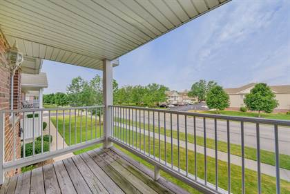 Residential for sale in 1370 Rock Run Drive 11, Crest Hill, IL, 60403