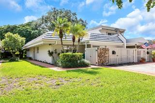 Townhouse for rent in 8136 SW 83rd St, Miami, FL, 33143
