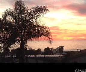 Townhouse for sale in 1136 Monterey Boulevard, Hermosa Beach, CA, 90254