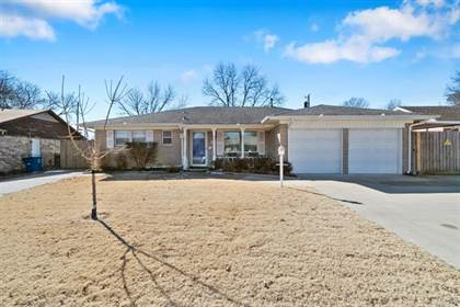 Residential Property for sale in 8248 E 32nd Street, Tulsa, OK, 74145