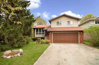 Residential Property for sale in 311 Centre St N, New Tecumseth, Ontario, L0G1A0