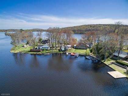 For Sale: 35 LARAMIE TRL, Upper Greenwood Lake, NJ, 07421 - More on  POINT2HOMES com