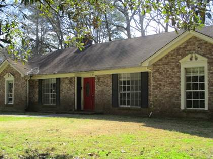 Residential for sale in 135 YUCCA DR, Jackson, MS, 39211