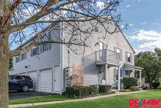 Condo for rent in 1436 Harbor, Walled Lake, MI, 48390