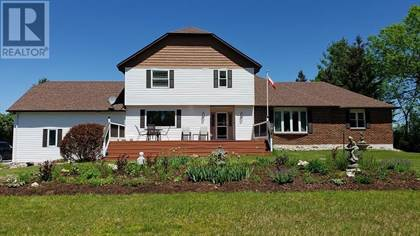 For Sale: 3316 Amey RD, South Frontenac, Ontario, K0H1V0 - More on  POINT2HOMES com