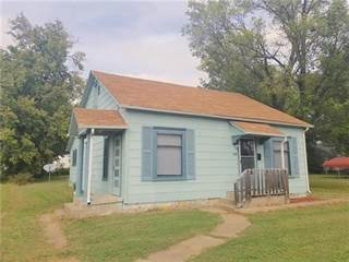 Single Family for sale in 235 E 5th Avenue, Garnett, KS, 66032