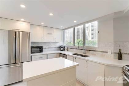 Condominium for sale in 3695 Kaneff Cres, Mississauga, Ontario, L5A4B6