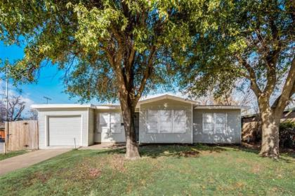 Residential for sale in 5513 Ramey Avenue, Fort Worth, TX, 76112