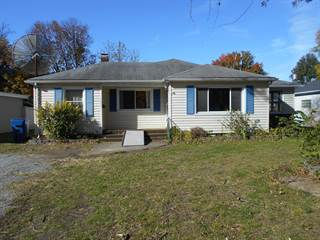 Single Family for sale in 1033 State Road, Flora, IL, 62839