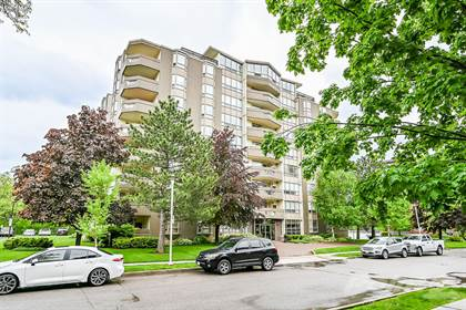 Condominium for sale in 8 Village Green, Stoney Creek, Hamilton, Ontario, L8G 5B8