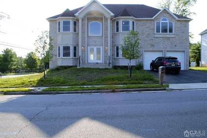 Residential Property for sale in 3 E Tamagnini Court, Edison, NJ, 08820