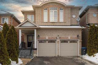 Residential Property for sale in 549 Warhol Way, Mississauga, Ontario, L5W 1M2