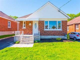 Residential Property for sale in 392 Athol St, Oshawa, Ontario