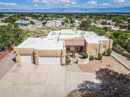 Residential Property for sale in 1111 VALLEY VIEW Drive SW, Los Lunas, NM, 87031