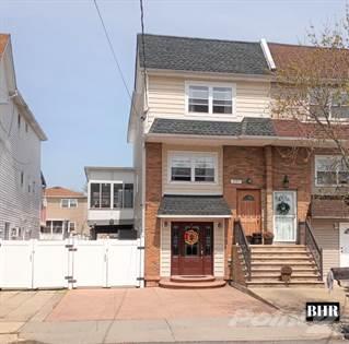 Multifamily for sale in 297 Slater Blvd, Staten Island, NY, 10305