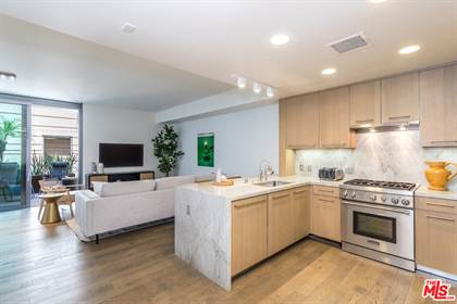 Residential Property for sale in 1755 AVE OCEAN 309, Santa Monica, CA, 90401