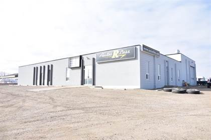 Commercial for sale in 1702 10 Avenue SW, Medicine Hat, Alberta, T1A 7T9