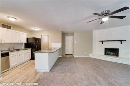Residential for sale in 623 S Willow Street, Mansfield, TX, 76063