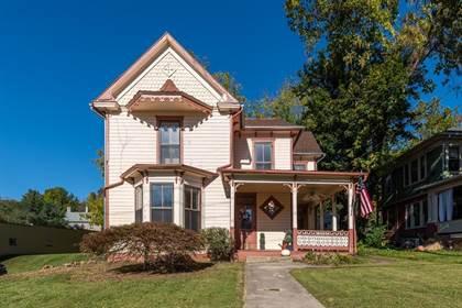 Multifamily for sale in 826 N AUGUSTA ST, Staunton, VA, 24401