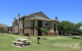 Apartment for rent in Stoneleigh on May, Oklahoma City, OK, 73134