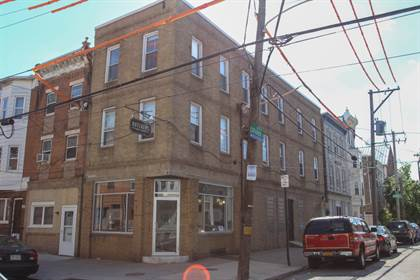 Apartment for rent in 800 S 8th Street, Philadelphia, PA, 19147