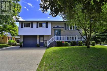 Single Family for sale in 136 Georgian Place, Kitchener, Ontario, N2B3P1