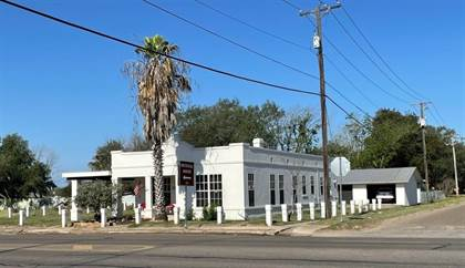 Residential Property for sale in 211 N Smith Ave, Hebbronville, TX, 78361