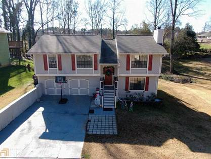 Residential for sale in 2540 E Wildflower, Lawrenceville, GA, 30044