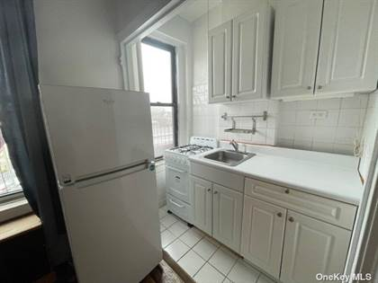 Residential Property for sale in 44-14 Newtown Road 4G, Astoria, NY, 11103