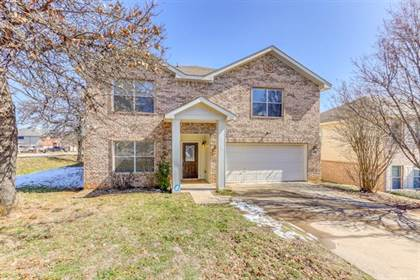 Residential for sale in 1701 Enoch Drive, Fort Worth, TX, 76112