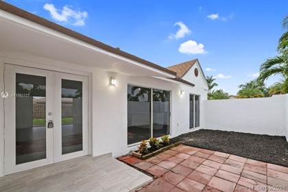 Residential for sale in 12490 SW 219th St, Miami, FL, 33170