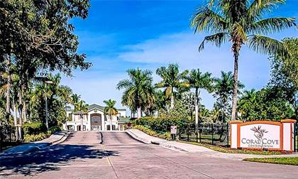 Residential Property for sale in 1763 Four Mile Cove PKY 623, Cape Coral, FL, 33990
