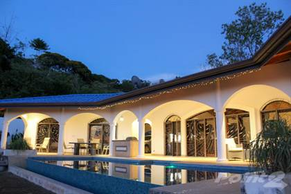 Residential Property for sale in This Spacious House Exudes Luxury And Comfort, Ojochal, Puntarenas