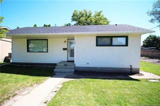 Residential Property for sale in 150 Mitchell Crescent NW, Medicine Hat, Alberta