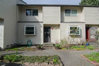 Condo for sale in 120 124th St SW #C2, Everett, WA, 98204