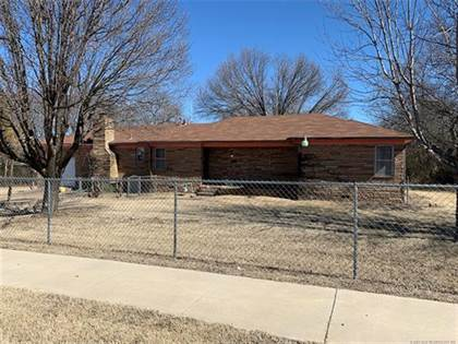 Residential Property for sale in 5613 N Lewis Avenue, Tulsa, OK, 74130