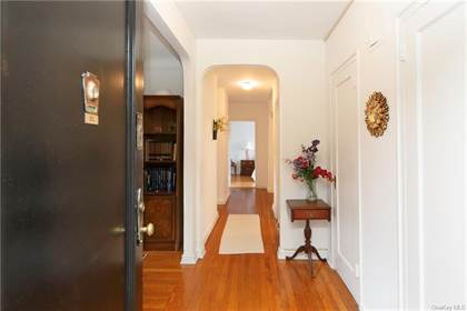 Residential Property for sale in 178 Garth Road 3L, Scarsdale, NY, 10583
