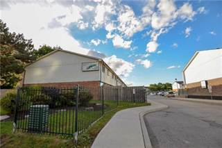 Condo for sale in 120 Nonquon Rd 7, Oshawa, Ontario