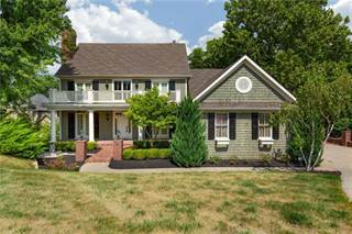 Single Family for sale in 10428 NW River View Point, Parkville, MO, 64152