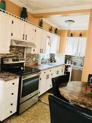 Single Family for sale in 102 NORWOOD Avenue, Warwick, RI, 02888