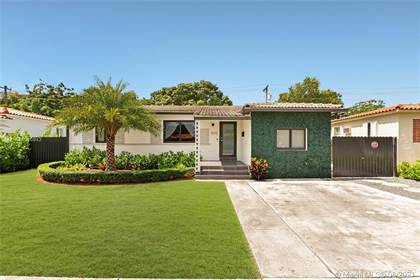Residential Property for sale in 3510 SW 21st St, Miami, FL, 33145