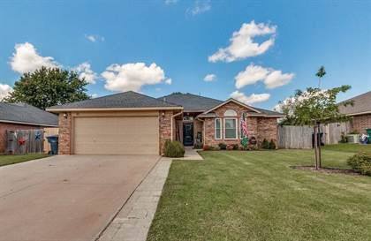 Residential for sale in 21 Woodgate Drive, Oklahoma City, OK, 73099